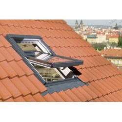 Ventana tejado FTP-V-U3 con tapajuntas plano